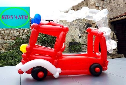 Camion de Pompiers en ballons