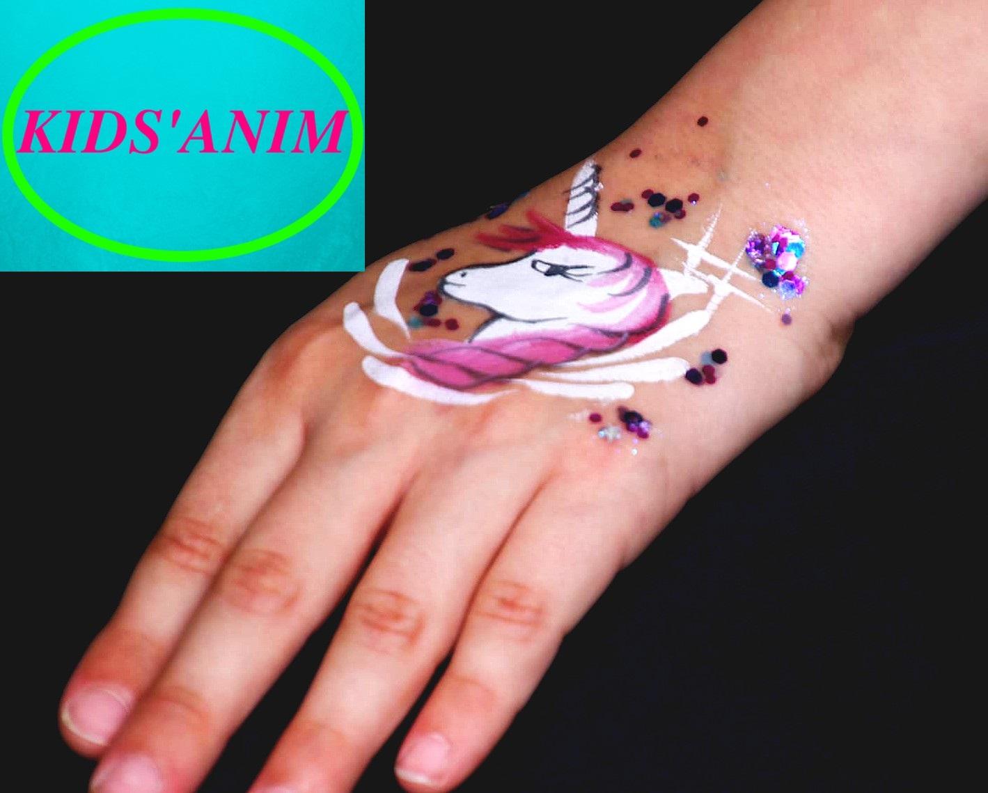 Licorne façon tattoo éphémère